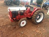 Trator Agrale 4100 4x2 ano 76
