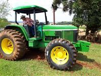Trator John Deere 6605 4x4 ano 04