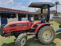 Trator Agrale 4230 4x4 ano 13