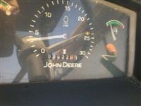 Trator John Deere 5403 4x4 ano 09