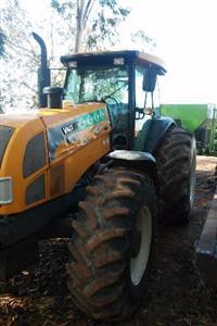 Trator Valtra/Valmet 4R BH 205 4x4 ano 13