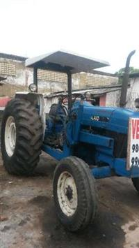 Trator Ford/New Holland 4630 4x2 ano 92