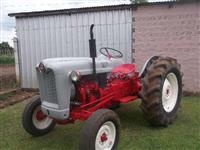 Trator Ford/New Holland Ford 600 4x2 ano 54