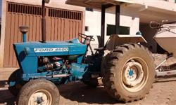 Trator Ford 4600 4x2 ano 77