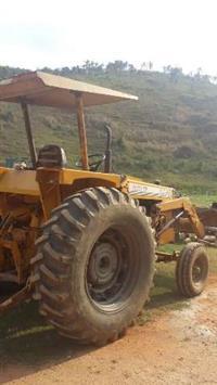 Trator Cbt 8440 4x4 ano 44