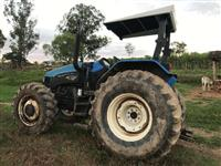 Trator New Holland TS 120 4x4 ano 06