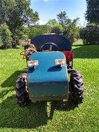 Trator  4x4 ano 08