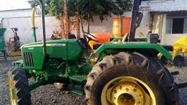 Trator John Deere 5403 4x2 ano 10