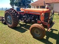 Trator Massey Ferguson 65 X 4x2 ano 73