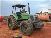 Trator Agrale BX 6110 4x4 ano 06