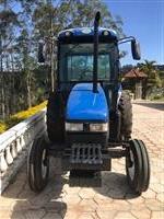 Trator New Holland TL 75 E 4x2 ano 09