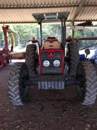 Trator Massey Ferguson 255 Advanced 4x4 ano 09