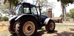 Trator New Holland TM 165 4x4 ano 01