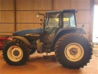 Trator New Holland TM 135 4x4 ano 00