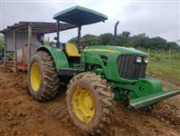 Trator John Deere 5090 4x4 ano 18