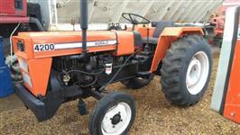 Trator Agrale 4200 4x2 ano 85